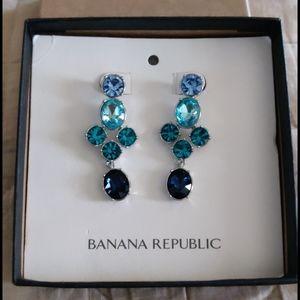 NWT Banana Republic Chandelier Earrings
